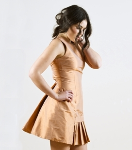 Vestido corto seda melocotón